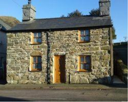 Self Catering Cottages Manod